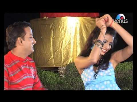 Bheetar Mein Hitar Fit Baa (MP3 Jawani Baa - Bhojpuri Lokgeet - By Diwakar Dwivedi)