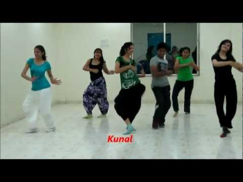 Chikani chameli vs Kombdi palali..superb bollywood Dance by Dance floor studio | kunal More