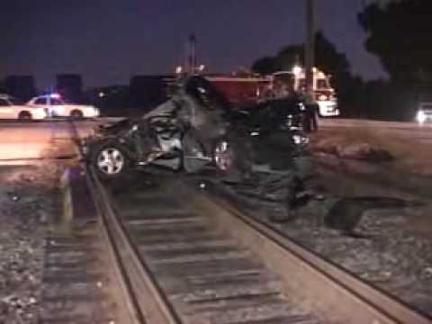 CAR VS FREIGHT TRAIN ACCIDENT **BLUE ISLAND,IL** - YouTube