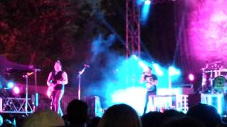 Hinder - Should Have Known Better (Live) in Turlock, CA