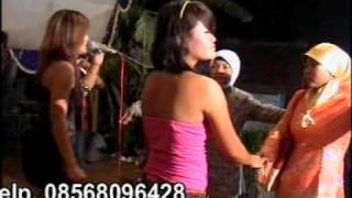 Video Putri Xenia Mawar Bodas download MP3, 3GP, MP4, WEBM, AVI, FLV Desember 2017
