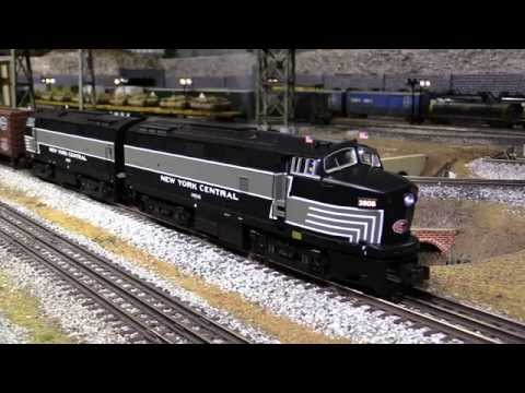 Lionel NYC RF-16 Sharknose A-A Diesels