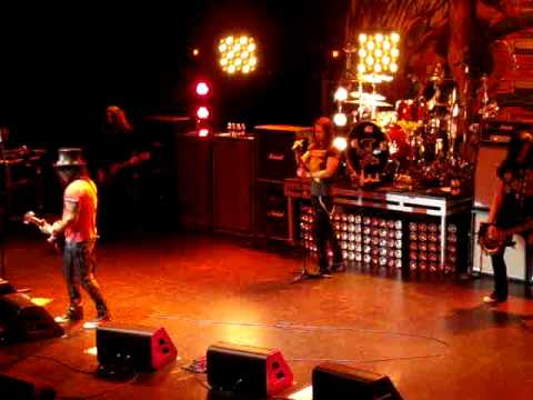 Slash and Miles Kennedy - Rocket Queen, 5/10/12 Biloxi, MS