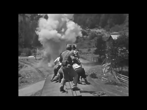 Pierrot's Tanzlied - Music Video - Opera - Die tote Stadt - Buster Keaton