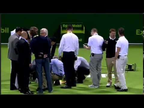 Dziura w korcie podczas meczu ATP Doha w Katarze