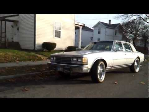 """Cadillac Seville on 20"""" Wires an Vogues"""