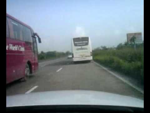 Mercedes bus India speed.mp4