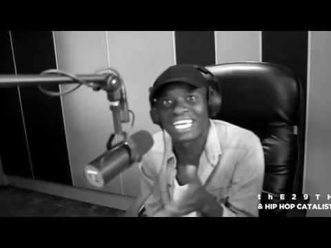 Ti Gonzi kills a 30 minute freestyle on Star FM