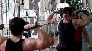Brandon Routh training