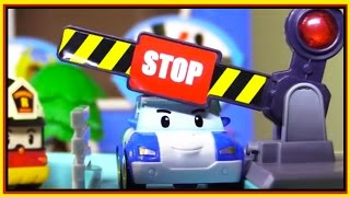 STOP & GO! - Robocar Poli TRAFFIC LIGHTS SCHOOL - Road Safety Gulliver Toys Demo