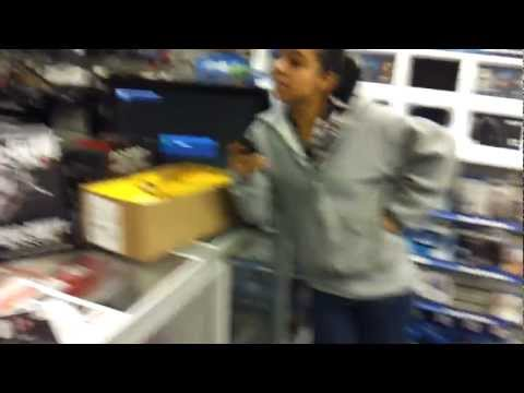 Donmegatv Gamestop Manager Ndon And His Girlfriend Non Employee Disrespects Customers