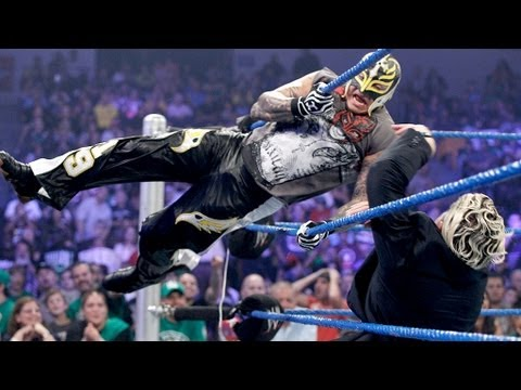 Sheamus helps Mysterio fend off Dolph Ziggler and Del Rio - SmackDown July 20, 2012 thumbnail