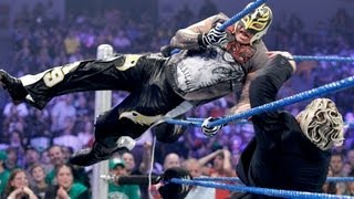 Sheamus helps Mysterio fend off Dolph Ziggler and Del Rio - SmackDown July 20, 2012