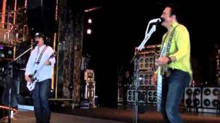 "KISSONLINE EXCLUSIVE: ""Comin' Home"" soundcheck on the KISS KRUISE"