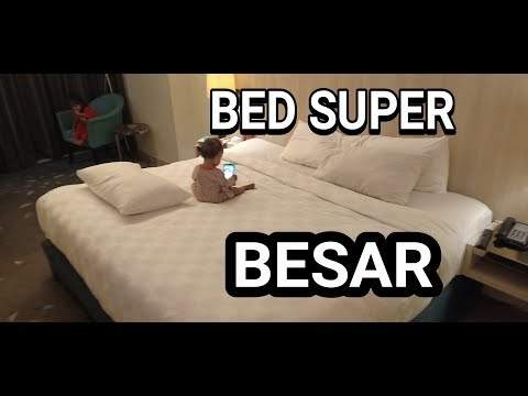 wow-bed-super-besar---room-tour-hotel-louis-kienne-semarang-pandanaran