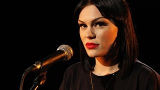 Jessie J Price Tag- (Nova) Acoustic - YouTube.flv