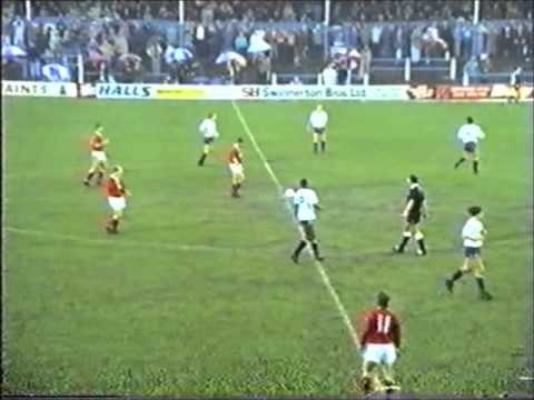 Bury 2 Leyton Orient 0 - Football League Division Three - 1st Jan 1990