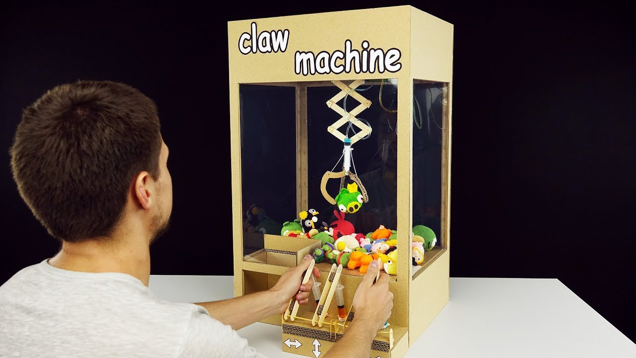 Puppy Diamond Dog Food >> How to Make Hydraulic Powered Claw Machine from Cardboard - YouTube