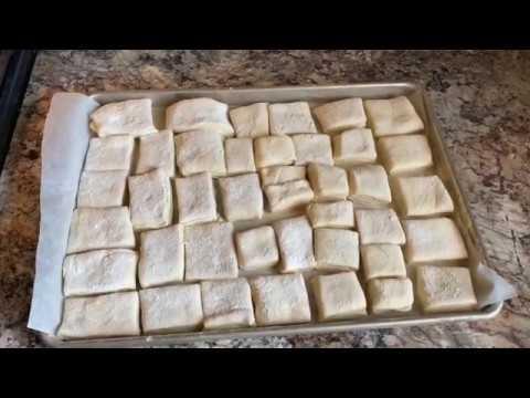 COPYCAT Texas Roadhouse Dinner Rolls with Honey Cinnamon Butter