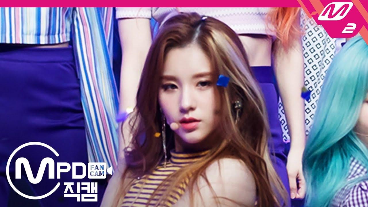 [MPD직캠] 이달의 소녀 희진 직캠 4K '목소리' (LOONA HeeJin FanCam) | @MCOUNTDOWN_2020.10.22