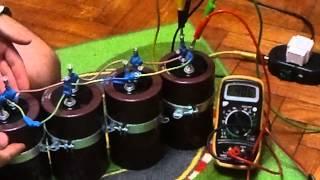 Разряд батареи конденсаторов 400в 41.000 мкФ(Разряд батареи конденсаторов 400в 41.000 мкФ в ЖЕСТКИЙ ДИСК!, 2013-02-01T19:12:03.000Z)