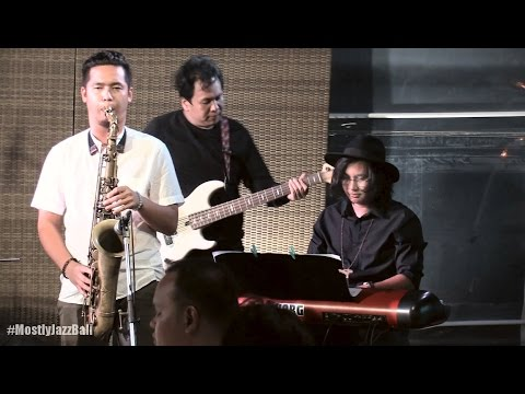 Indra Lesmana & Friends ft. Eva Celia - Sedalam Cintamu @ Mostly Jazz in Bali 25/09/2016 [HD]