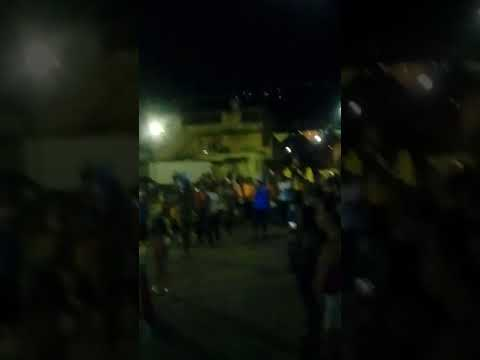 Desfile de carnaval em Lima Duarte sanba(1)