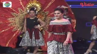 Fashion Show by Ivan Gunawan (D'Academy Asia 2 Social Media Award)