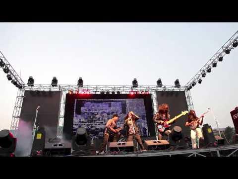 Naya Nepal - The Shadows 'Nepal' Live in Tundikhel 2012