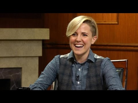 Hannah Hart talks Ingrid Nilsen, Marriage, Totally Confuses Larry King | Larry King Now | Ora.TV