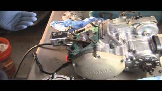YZ125 Part 15: 2 Stroke  Installing Piston, Rings, Cylinder and Cylinder Head!