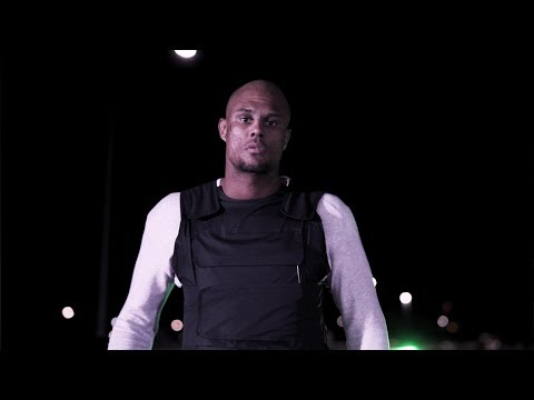 Alex Ceesay - Häromkring (Officiell Video)