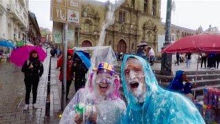 CRAZY CARNAVAL FOAM FIGHT! La Paz, Bolivia