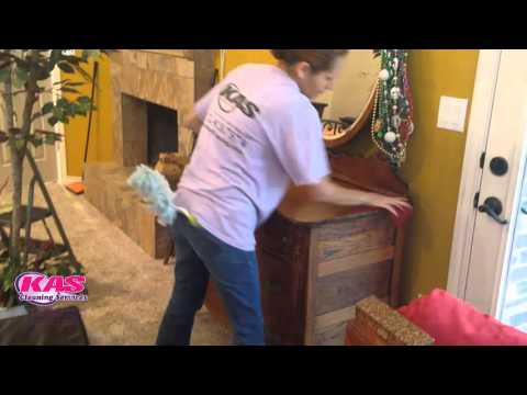 DUSTING  (house cleaning service )