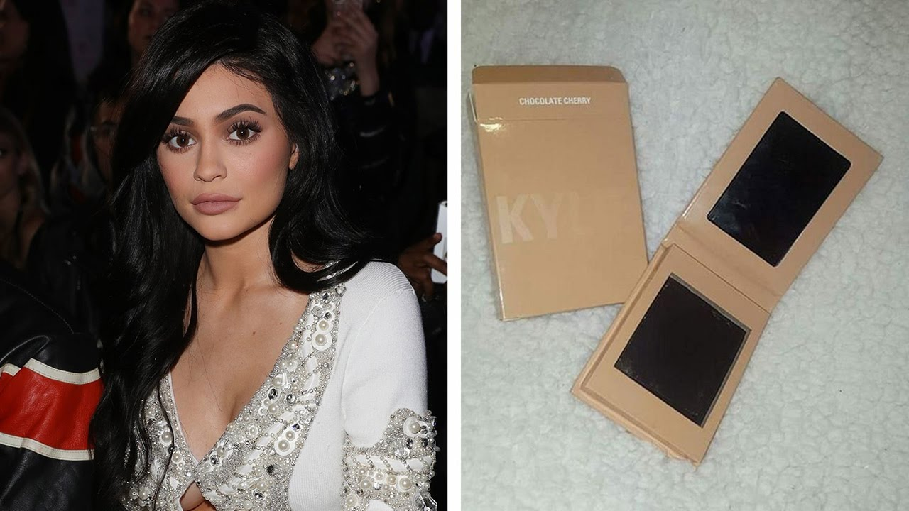 Kylie Jenner Fans FURIOUS Over Empty Kylighter Rip-Off