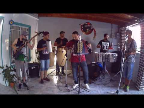 VIDEO: Cumbia Sampuesana/Cumbia Cienaguera - Ron & Velas.