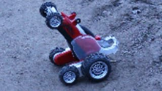 МАШИНКИ CARS. Трюковая радиоуправляемая машинка. Распаковка машинки и езда по дорогам. Тестдрайв(Хотите видеть, какие трюки может выполнять машинка на радиоуправлении? МАШИНКИ CARS. Трюковая радиоуправляем..., 2015-03-21T16:08:09.000Z)