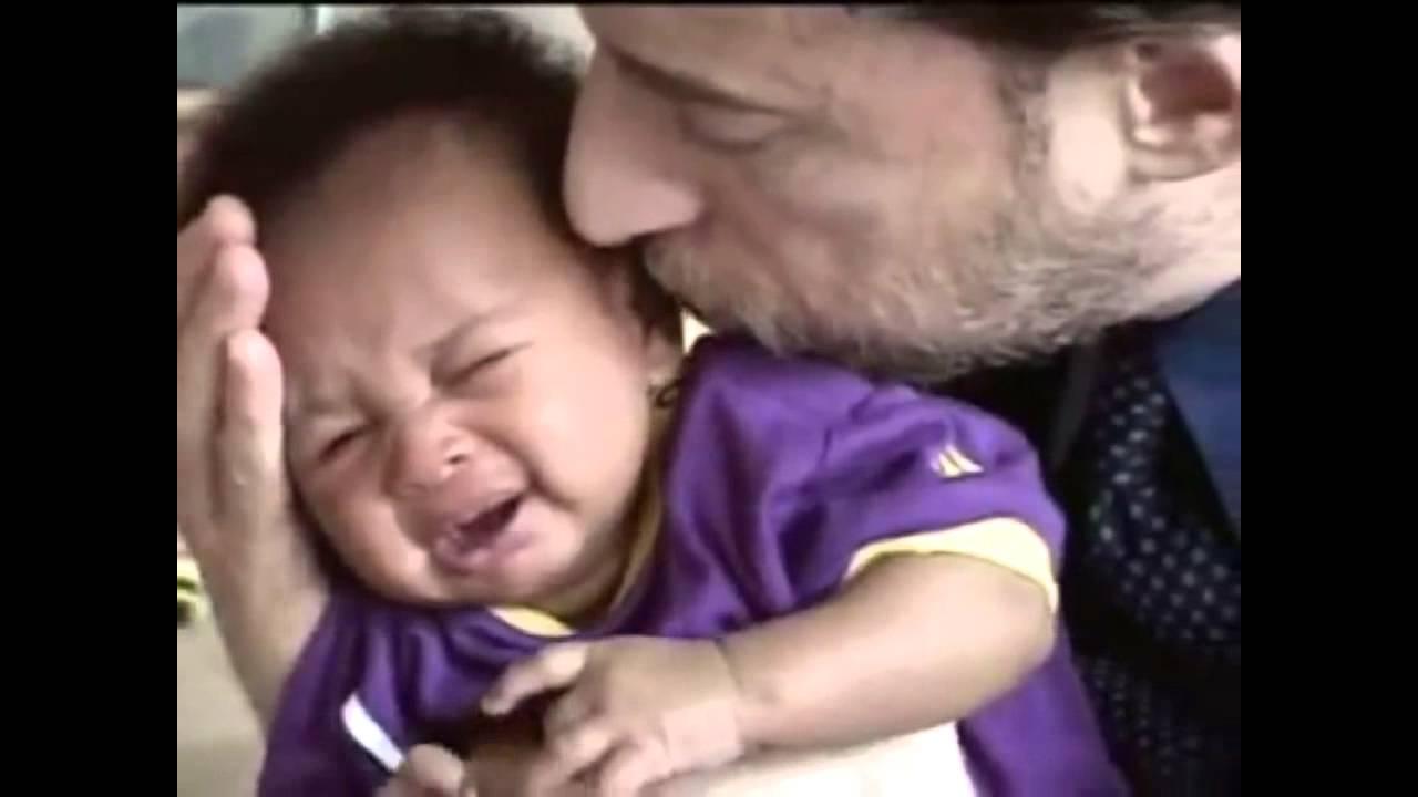 Meses chora 4 muito bebe