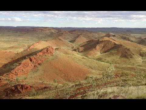 Oldest Evidence of Life on Land Discovered in Australia