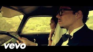 Ben L'oncle Soul - Elle Me Dit @ www.OfficialVideos.Net