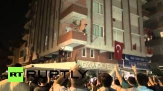 Turkey: Protesters attack Antalya HDP office