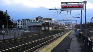HD: Railfanning Mansfield with 150 MPH Acelas and MBTA MP36PH-3C #010