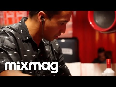 LAIDBACK LUKE acid house set in The Lab #SmirnoffHouse