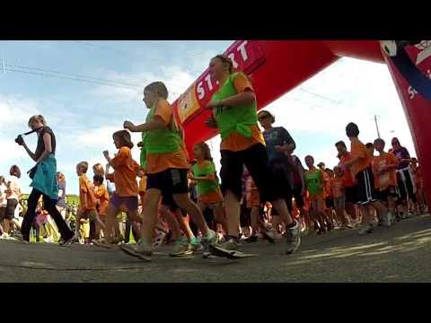 3483 kids through start line in 60 secs Blue Nose Marathon Doctors Nova Scotia Youth Run