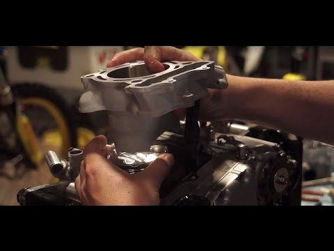 How To: 4 Stroke Top End Rebuild   Motorcycle Superstore