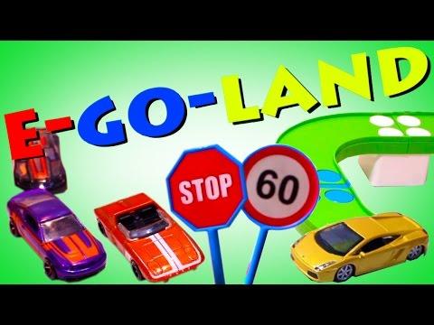 МУЛЬТИК ПРО МАШИНКИ, учим знаки и правила дорожного движения!