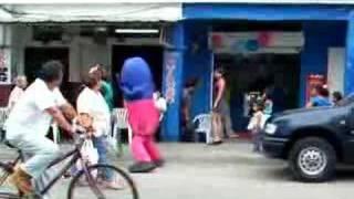 Dancing Blue Thing in Bahia