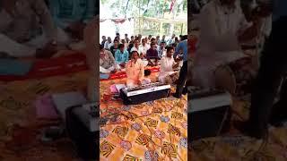 Sakar Vishwa Hari ji ke bhajan Gate hue