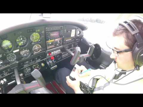 Practice Forced Landings in a PA28 - UK PPL - Elstree