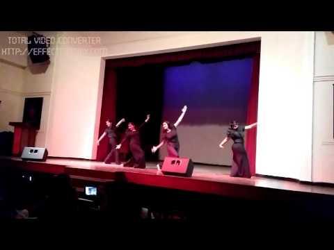 Fresher's dance at St Stephen's delhi